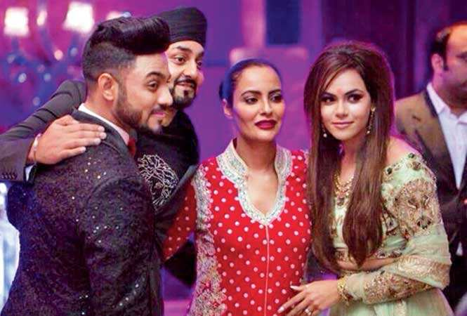 (L-R) Raftaar, Manj, Nindy Kaur and Komal