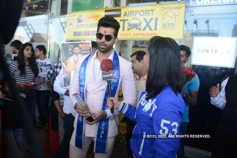 Jitesh Thakur comes home to a grand welcome in Jaipur