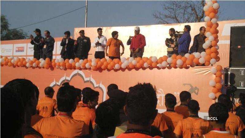 Jitesh Thakur attends Pink City marathon in Jaipur