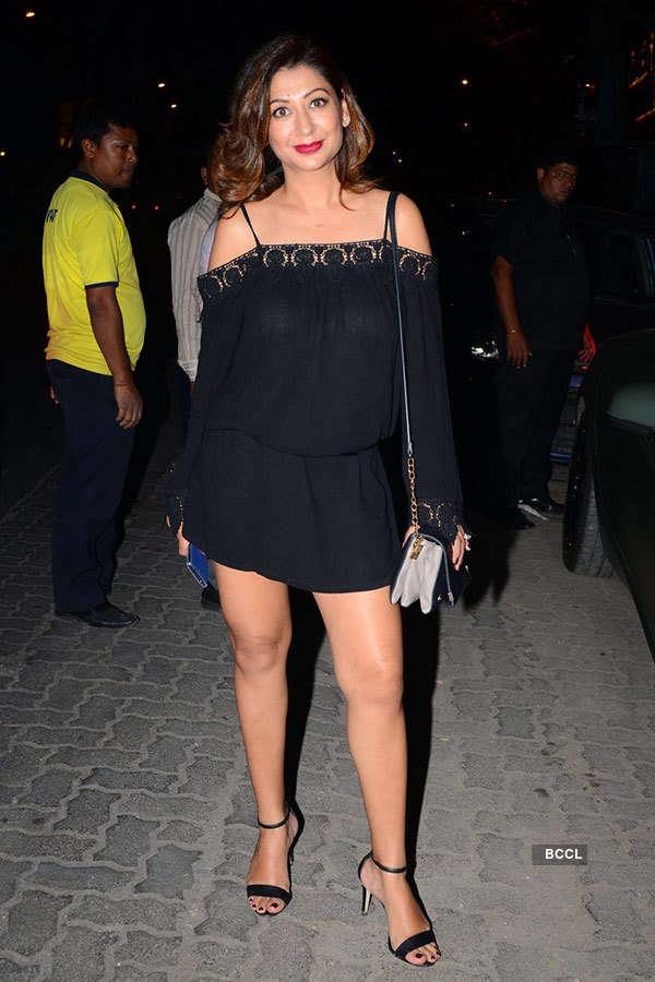 Karishma Tanna's b'day party photos