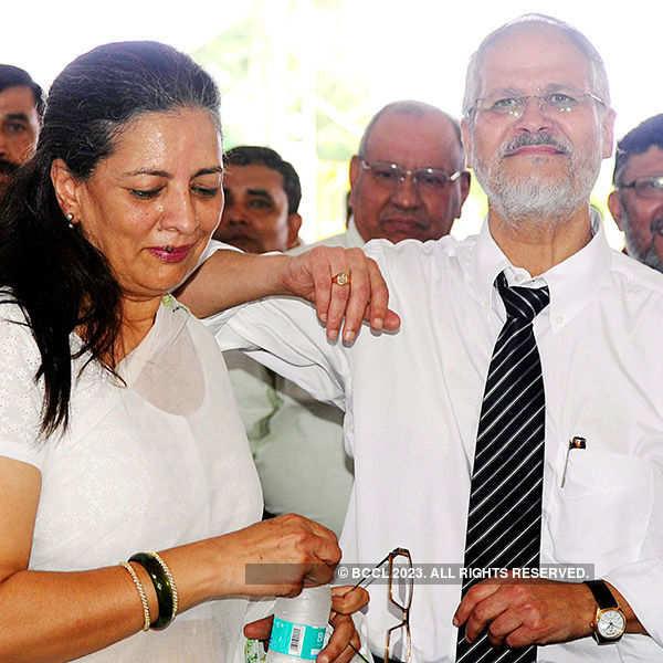 Delhi LG Najeeb Jung resigns