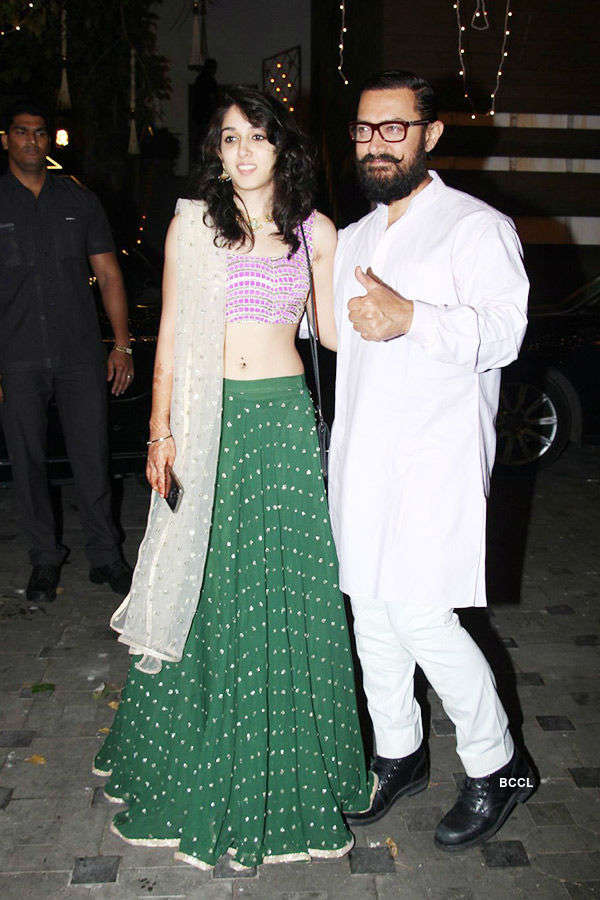 Gorgeous Ira Khan joins dad Aamir Khan for Dangal party at home
