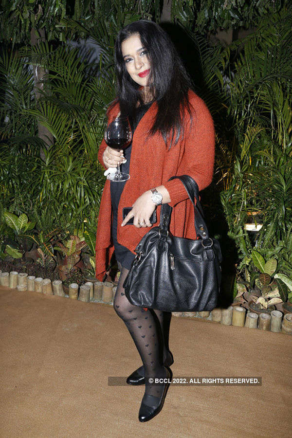 Socialites attend DK Jaiswal's party