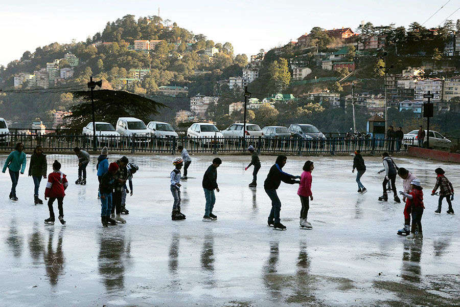 Ice skating begins in Asia's oldest rink