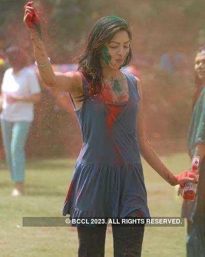 Vineet Jain's Holi Party '08 -4