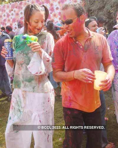 Vineet Jain's Holi Party '08 -7