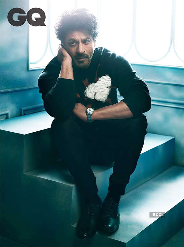 Dynamic SRK pokes fun at his own look!