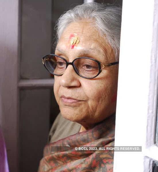 Sheila Dixit's Holi party