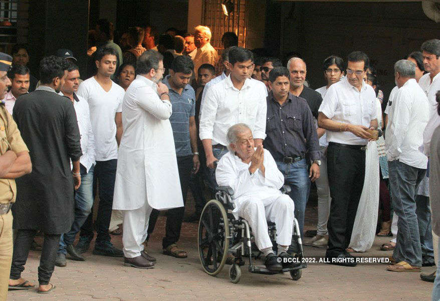 Om Puri's Funeral