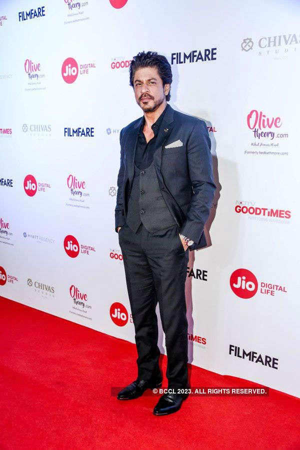 Best-Dressed Men in Bollywood
