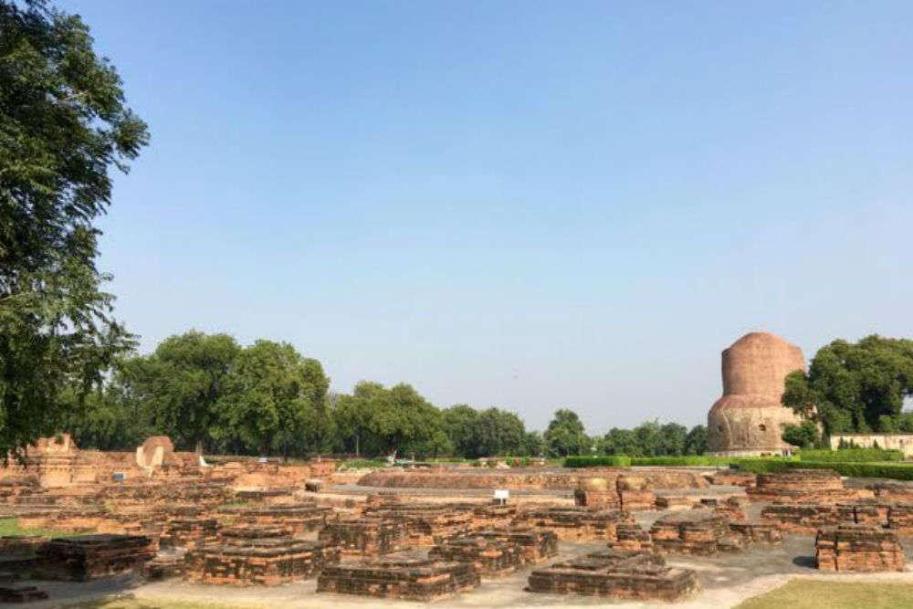 Monastery Ruins, Ashokan Pillar & Dharmarajika Stupa