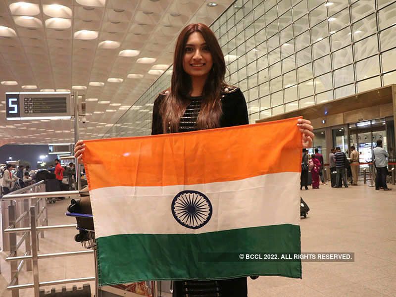 Roshmitha Harimurthy leaves for Miss Universe 2016