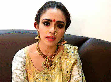 Amruta Khanvillkar shares her experience about her upcoming dance show MAD