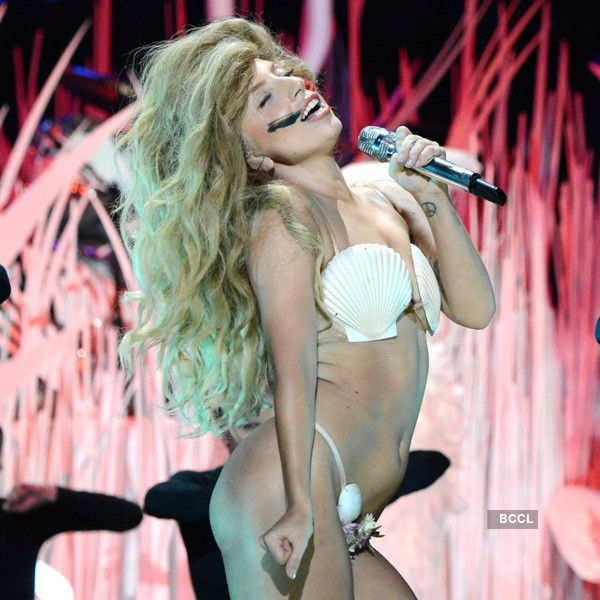 Pop stars go wild on stage