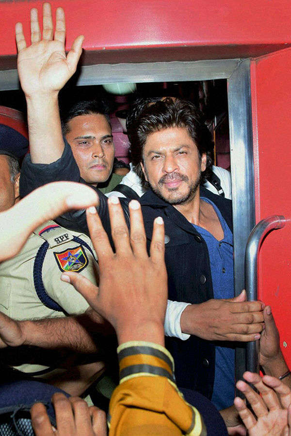 One dead, several injured during Raees promotion