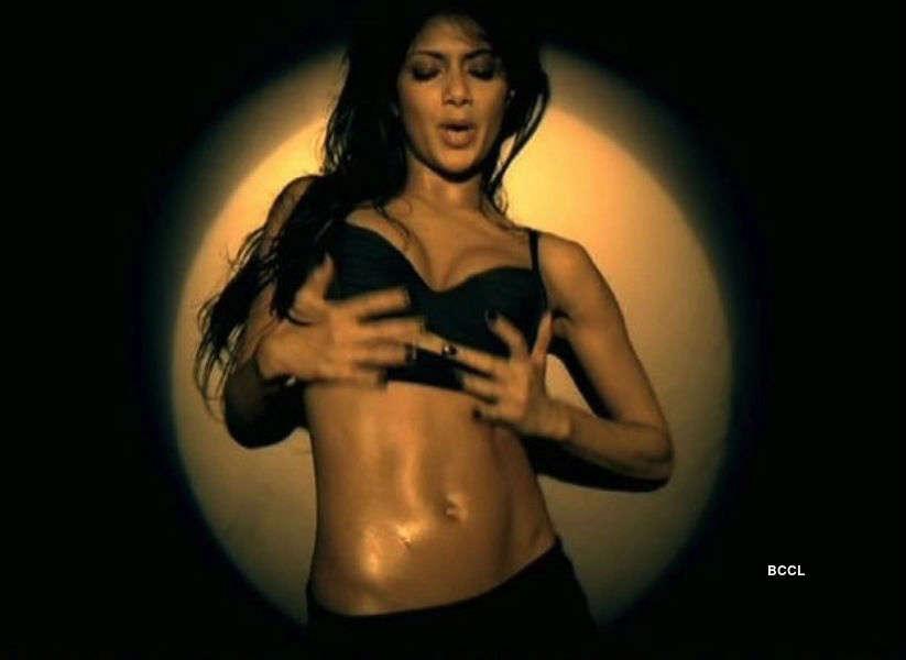 Divas in hot music videos