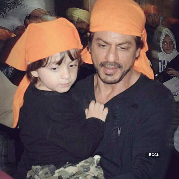 SRK visits Golden Temple with son AbRam