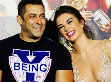 Amy refutes buzz of link-up with Salman Khan