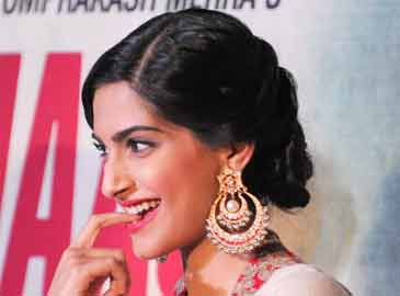 Who I'm Dating Is Not A Big Deal: Sonam Kapoor