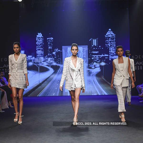 Lakme Fashion Week '17: Day 5 - Karn Malhotra