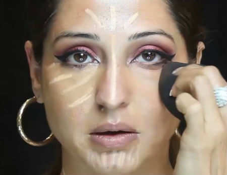 Chandni Singh shows how to do party make-up