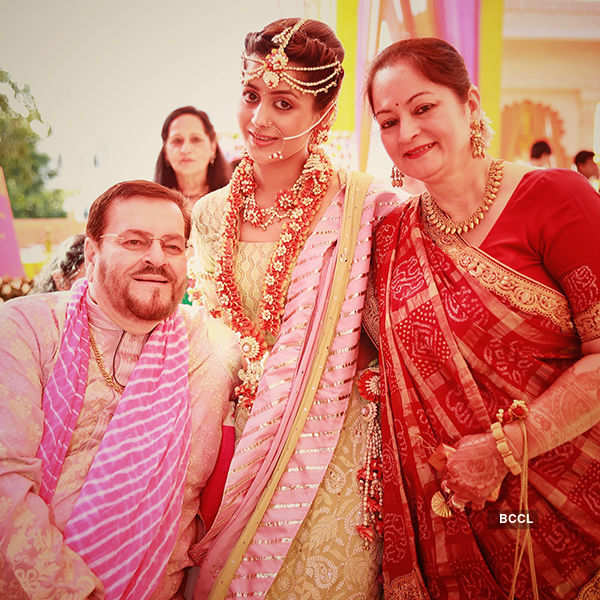 Neil-Rukmini return to Mumbai after wedding