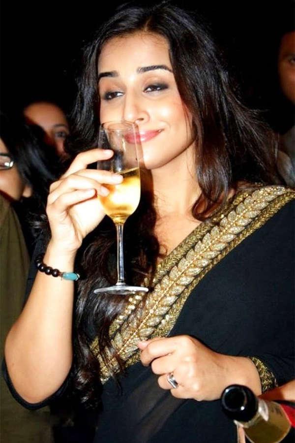 PICS: Bollywood celebs high on life...