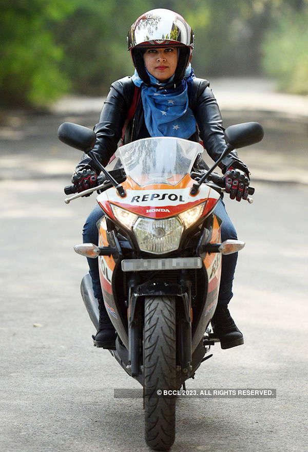 Hijab 'bikerni' Roshni Misbah becomes an online sensation