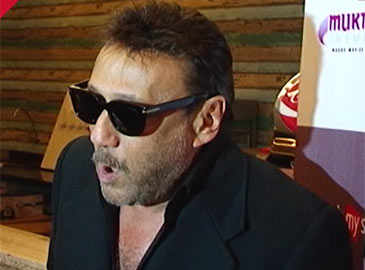 Jackie Shroff appeals to voters in his style ahead of Maharashtra civic polls