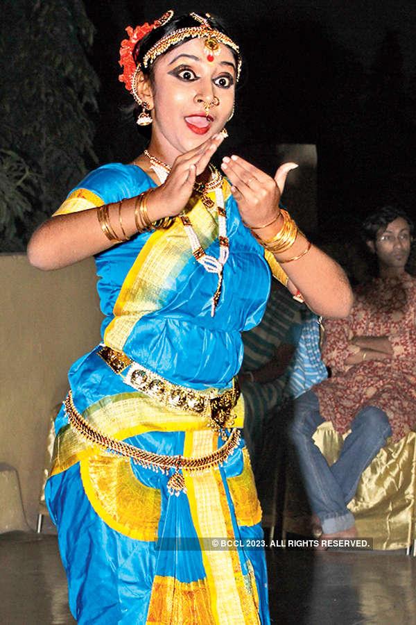 Celebs attend cultural evening