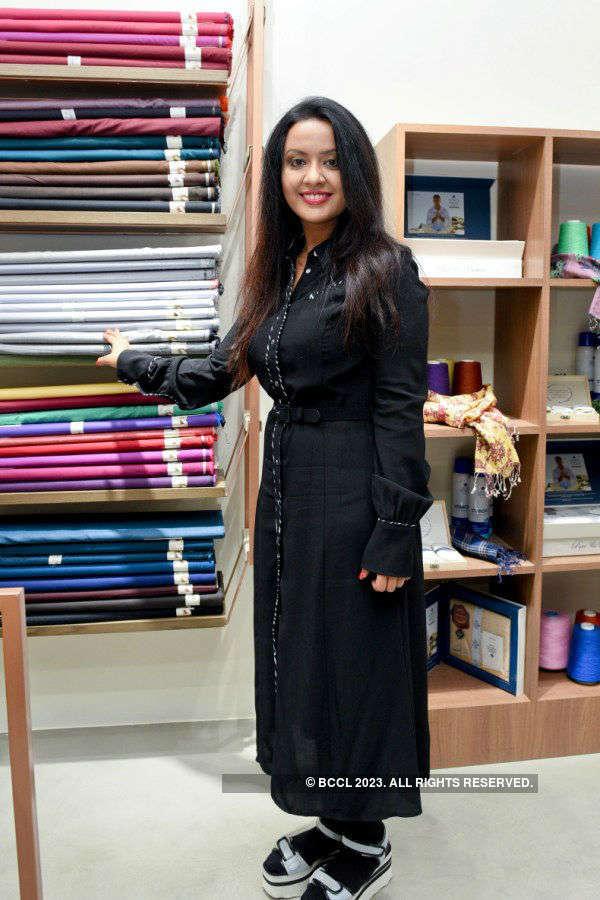 Linen Vogue store launch