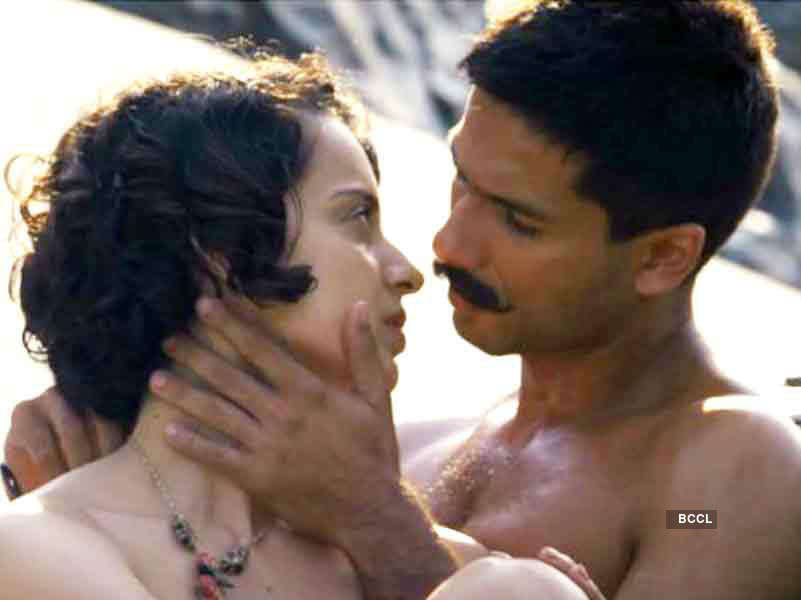 Kangana opens up on kissing Shahid and intimate scenes