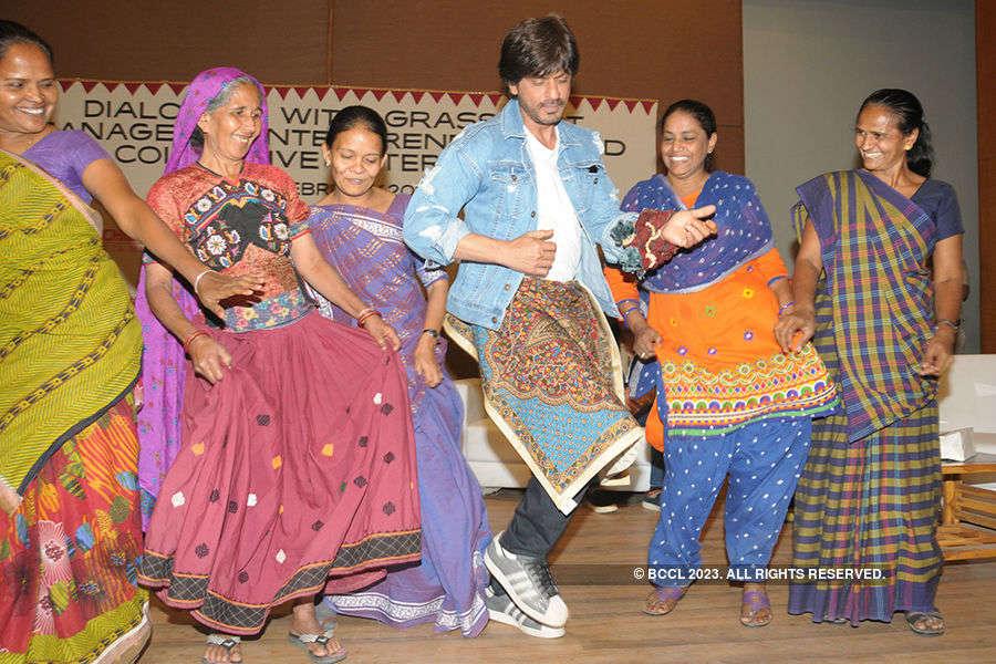 SRK promotes Rahees
