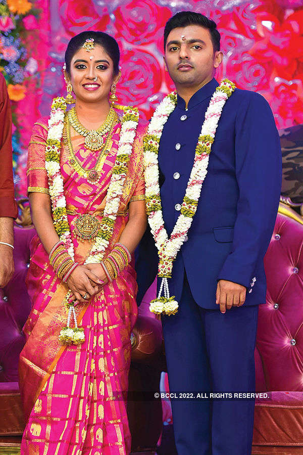 Sivanandhini and Dinesh's wedding reception