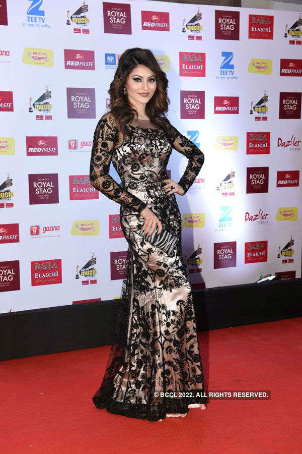 Celebs galore at the 9th Royal Stag Mirchi Music Awards