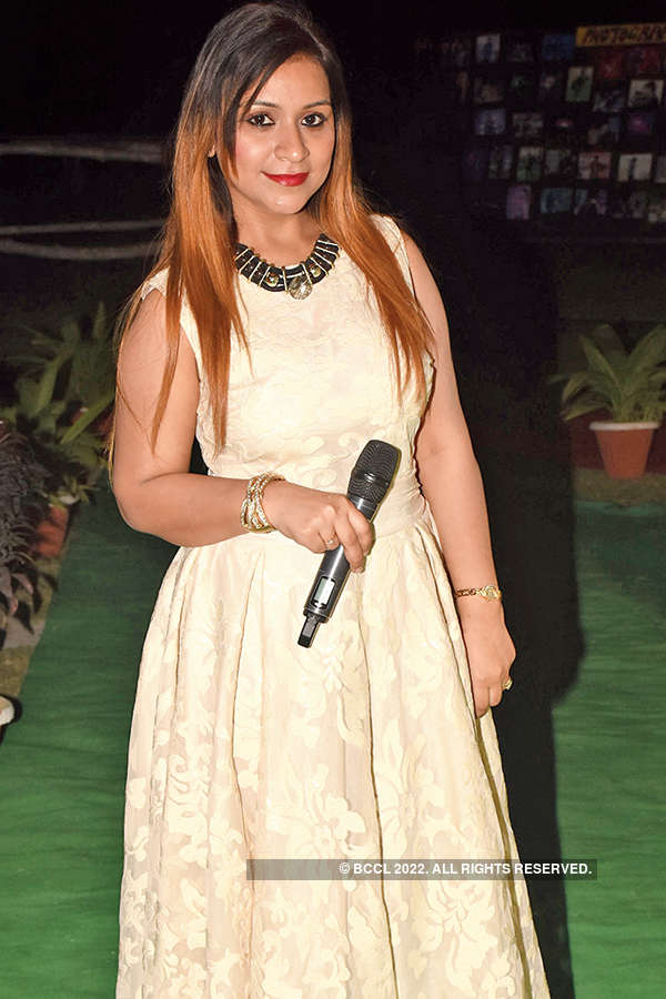 Abhijeet performs in the city
