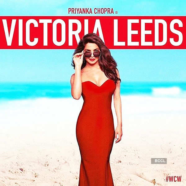 Priyanka Chopra stuns as Victoria Leeds in Baywatch's new poster!