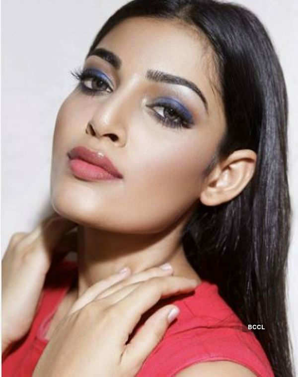 5 makeup looks of Naveli Deshmukh you ought to try
