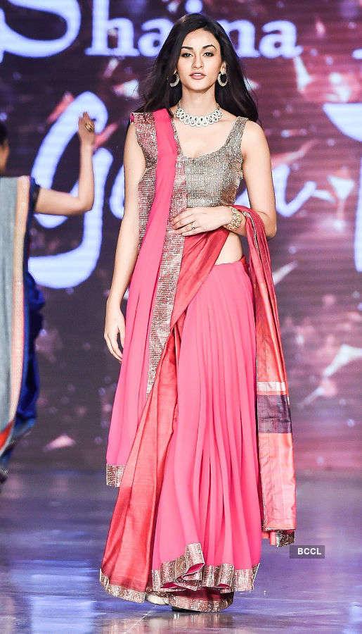 Aditi Arya walks the ramp for a cause