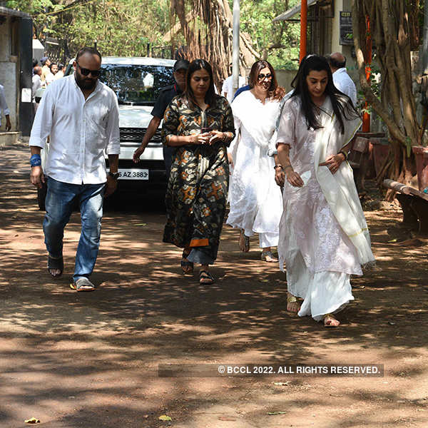 Suniel Shetty's father's funeral