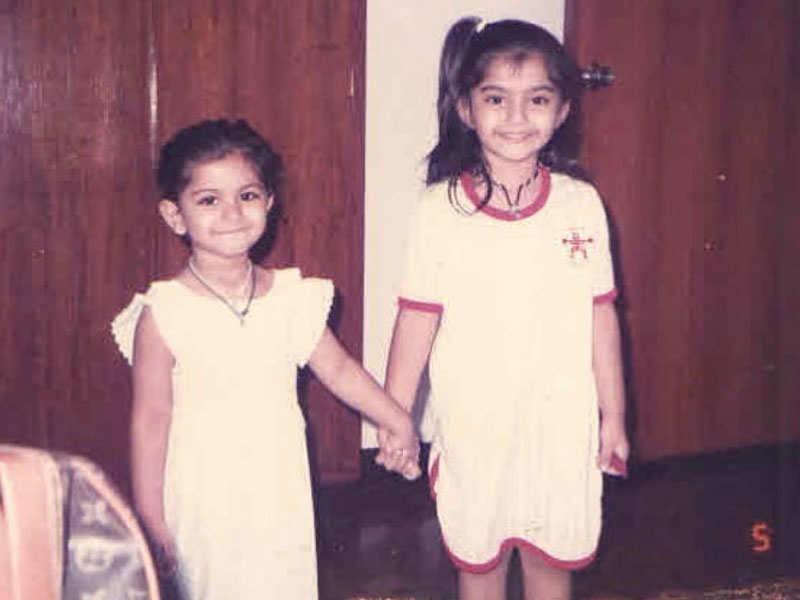 Sonam Kapoor gets nostalgic on sister Rhea Kapoor's birthday