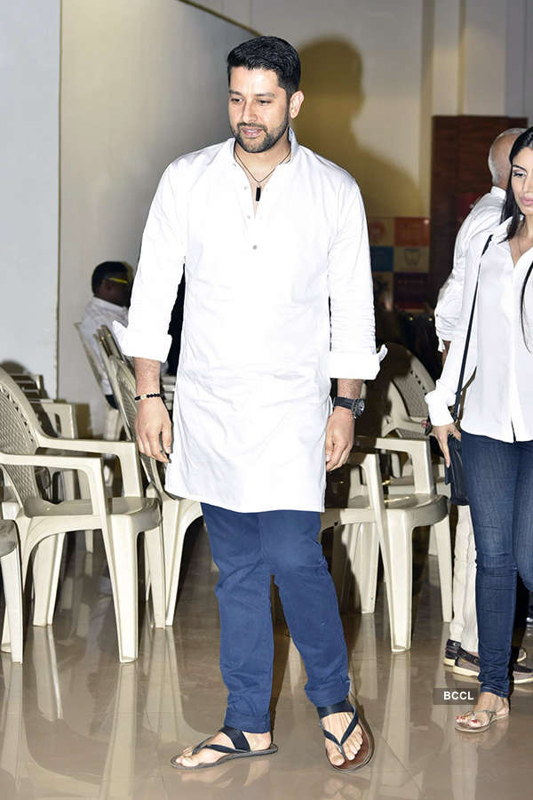 Suniel Shetty's father's prayer meet
