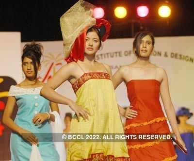 Students Of Army Institute Of Fashion And Design Walk The Ramp Showcasing The Costumes During The Graduation Day At Ambedkar Bhavan In Bangalore Photogallery