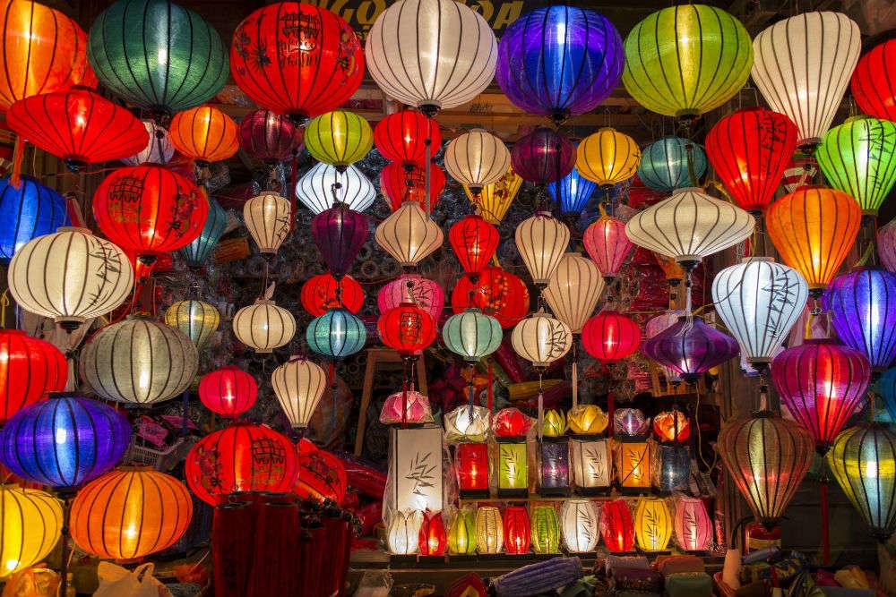 Hall Bazaar