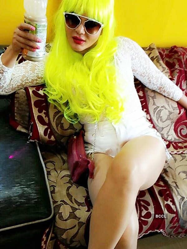 Bizarre! Rakhi Sawant used condoms to play Holi