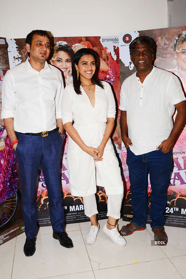 Swara Bhaskar (C) and Avinash Das (R) during the promotion