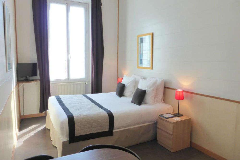 Ajoupa Apart'hotel Nice
