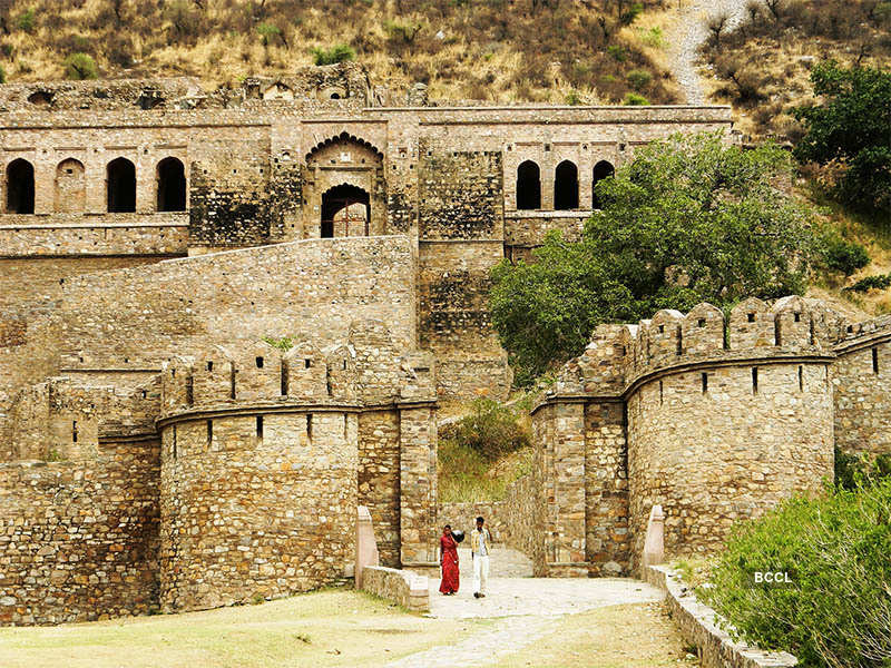 25 Most Haunted Places in India