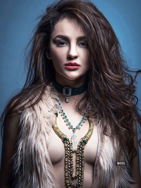 Seerat Kapoor's bold photoshoot goes viral!