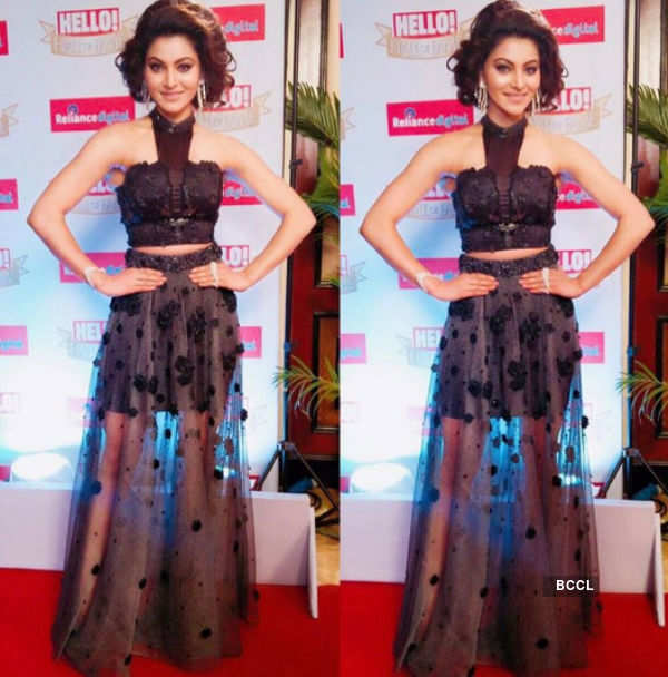 Urvashi Rautela yet again amazes us with her beauty